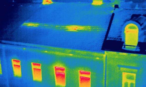 termografia aerea con drone per analisi efficienza termica edifici